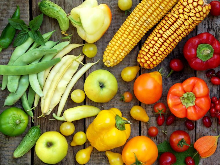 Buntes Gemüse als Hinweis zum Nutri-Score